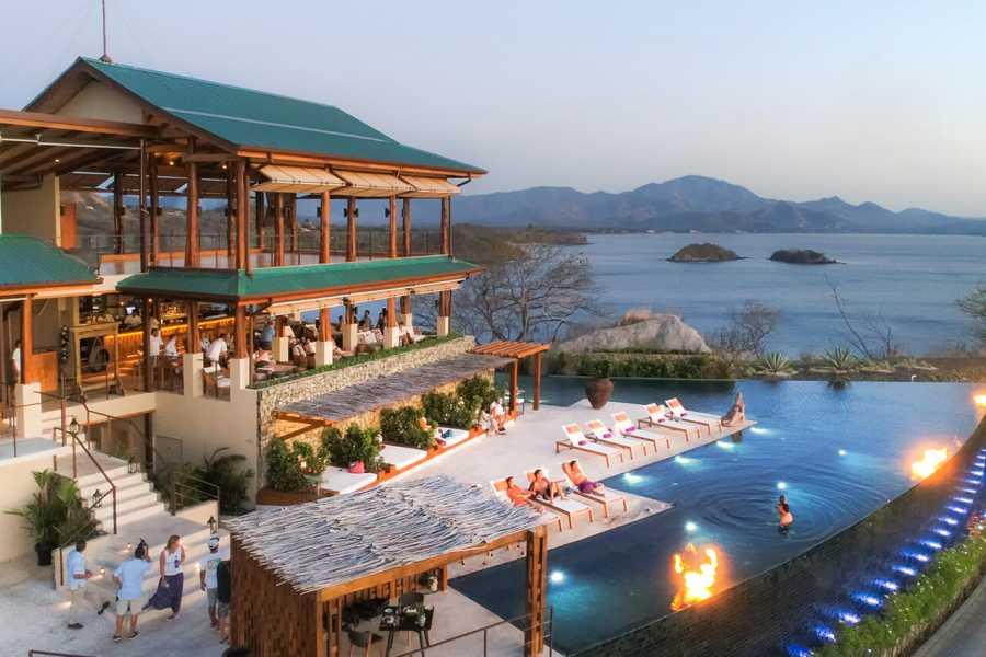 Las Catalinas Hotels