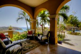 Playa Garza Real Estate
